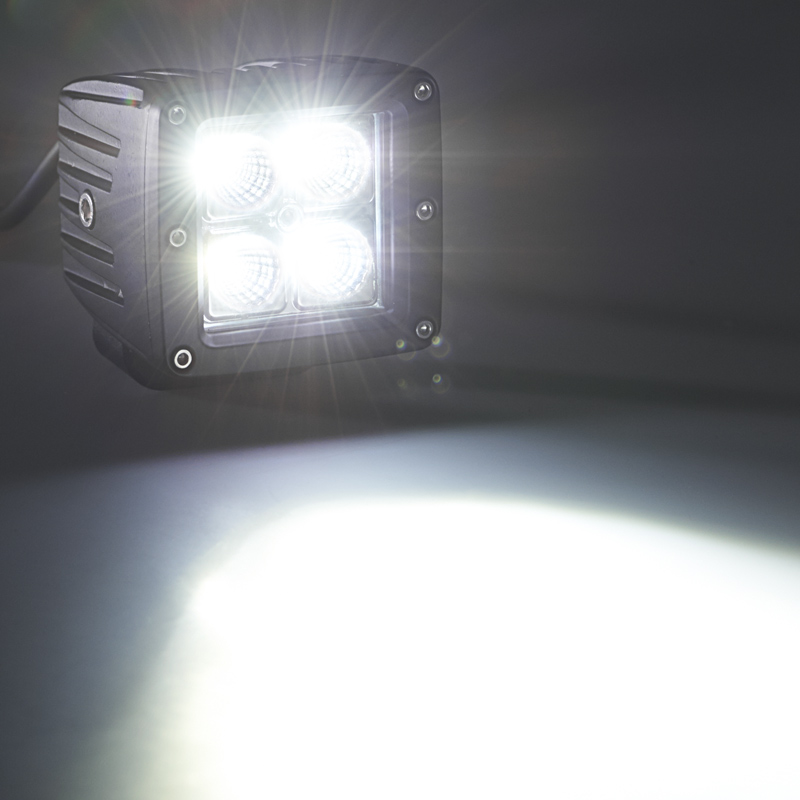 12Watt-square-Cree-led-auxiliary-Work-light-turn on